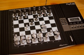 Mephisto Talking Chess Academy Bild1.jpg