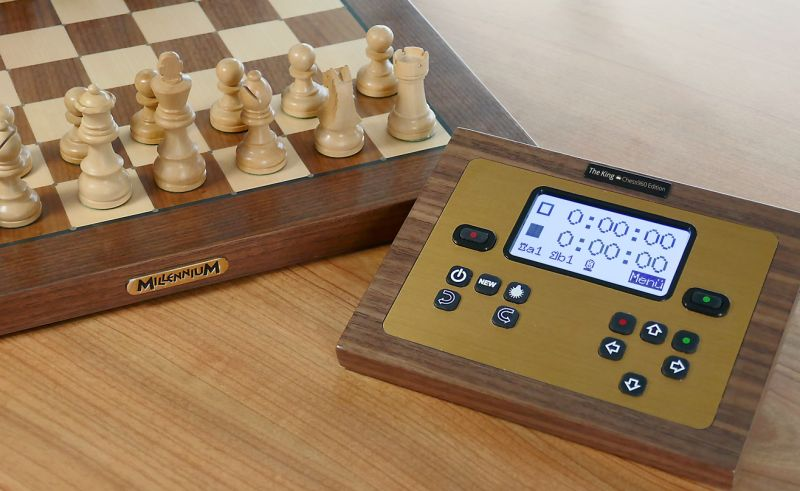 Datei:Millennium The King Exclusive chess960 Edition Bild 2.jpg